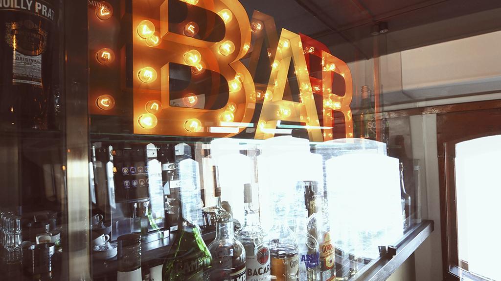 bar-neon